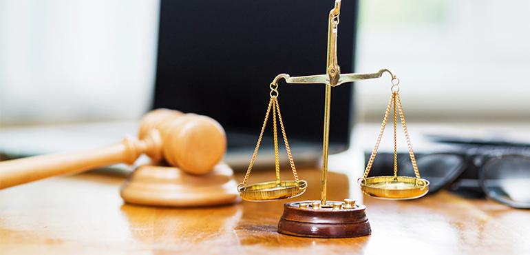 Júri semipresencial condena réu a 23 anos de prisão por feminicídio em Caririaçu