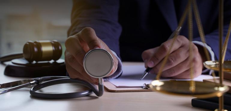 Comitê discute projeto para evitar excesso de demandas da área de saúde na Justiça