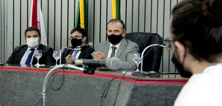 Presidente do TJCE recebe a imprensa para divulgar números recordes do Judiciário