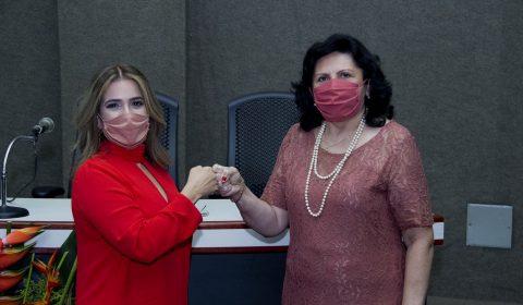 Juíza Ana Cristina Esmeraldo é reconduzida ao cargo de diretora do Fórum Clóvis Beviláqua