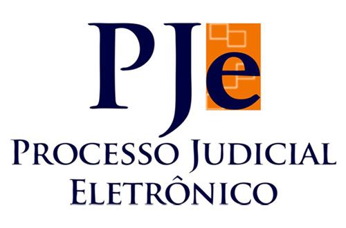 Magistradas cearenses participam de encontro sobre o PJe em Brasília