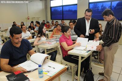 Comissão aplica provas da 2ª fase do concurso para cartórios cearenses
